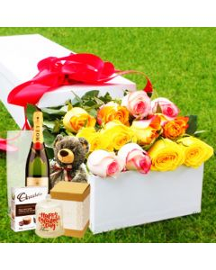 12 Mixed Roses Unique Gift Set Box