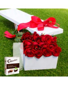 12 Red Roses,Chocolates with Vase