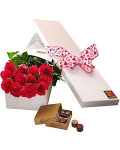 12 Boxed Roses and Chocolates