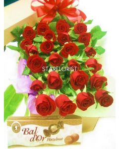30 Premium Long Roses and Chocolates