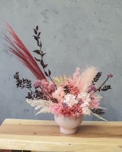 preserved flowers, dried flowers, dried arrangement, hypoallergenic, preserved arrangement, small, big, tall, wide, pink, dried ruscus, fern, rice flower, hydrangea, pink hydrangea, dried hydrangea, preserved hydrangea