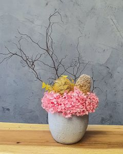 Elegant Ceramic Vase with Preserved Hydrangea